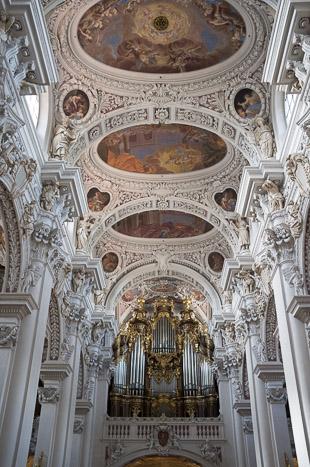 L'orgue de la cathédrale Saint-Etienne est le plus grand du monde